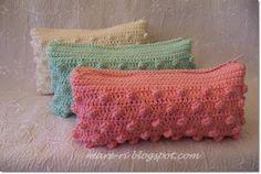 crochet purse....love the colors:))