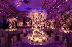 Lovely lighting displays!  By: http://tantawanbloom.com/