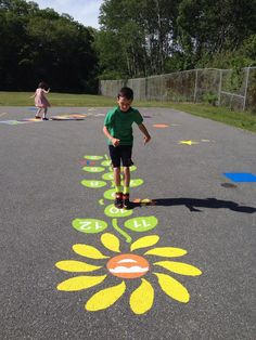 Fit and Fun Playscapes – Daisy Hopscotch Large Playground Stencil – natural playground ideas Playground Painting, Playground Flooring, Playground Games, Backyard Playground, Outdoor Toys, Outdoor Fun, Outdoor School, Outdoor Games, Paint Games