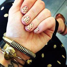 How cute are @Hillary Kerr's polka-dot tips?