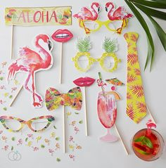 Time to fiesta!  Liven up your summer hen party photos with these tropical flamingo inspiredphoto props!These props are perfect for a DIY photo booth and the fun and colourful propswill be a great addition to your photo and selfie fun!  Each pack contains 10 individual props made of card:  1x Tropical Tie  1x Flamingo  1x Exotic Drink  1x Quirky Bow Tie  1x Aloha sign  2x Lips  3x Decorative Glasses