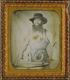 [occupational daguerreotype portrait of a blacksmith with his tools] civil war era Old Images, Old Pictures, Vintage Images, Old Photos, Louis Daguerre, Getty Museum, Civil War Photos, Old West, Vintage Photographs
