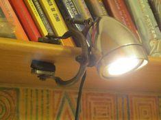 lampada da mensola con freno e faretto bicicletta - Bicycle headlight shelf lamp