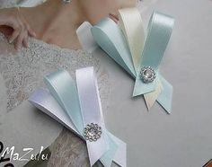 MaZulu / pastelovoModro Diy Ribbon, Ribbon Crafts, Craft Stick Crafts, Diy And Crafts, Corsage Wedding, Confetti, Hair Bows, Rustic Wedding, Projects To Try
