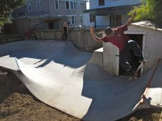 Evergreen Skateparks — Private Mini Skatepark, Portland, Oregon - All For Garden Backyard Skatepark, Backyard Fort, Backyard Buildings, Mini Skate, Skate Ramp, Skateboard Ramps, Surf House, Pond Design, Park Homes