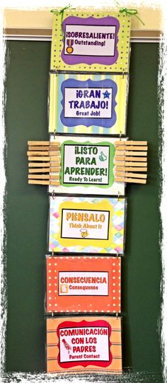 Behavior Chart for the Spanish/English bilingual classroom.. hmm maybe send a smaller version home with the Spanish students so their parents know what color stands for which behavior......??? Spanish Teaching Resources, Spanish Lessons, Learn Spanish, Spanish English, Dual Language Classroom, Classroom Rules, Classroom Behavior, Classroom Setting, School Classroom