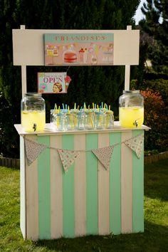 bar à limonade - mason jar vichy à louer sur www.mariage-vintage.fr