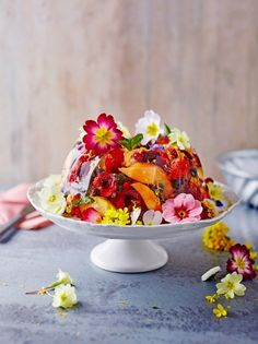 Need a make-ahead pudding recipe for a party? This showstopper summer pudding is made with seasonal berries, prosecco and gorgeous edible flowers Pudding Recipes, Fruit Recipes, Dessert Recipes, Easy Recipes, Recipies, Healthy Recipes, Jamie Oliver, Summer Pudding, Jelly Desserts