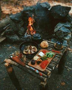 Bushcraft Camping, Camping Survival, Outdoor Survival, Camping Meals, Camping Hacks, Hiking Outdoor, Survival Guide, Survival Gear, Survival Quotes