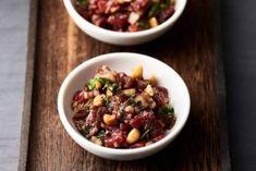 Recette de Tartare de boeuf aux épices cajuns, cacahuètes et coriandre