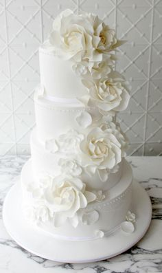 Remarkable Wedding Cake How To Pick The Best One Ideas. Beauteous Finished Wedding Cake How To Pick The Best One Ideas. Amazing Wedding Cakes, White Wedding Cakes, Amazing Cakes, White Cakes, Types Of Cakes, Cake Gallery, Piece Of Cakes, Cupcake Cakes, Cupcakes