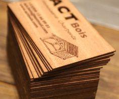 Gravure et découpe laser de cartes de visite en bois | découpe laser