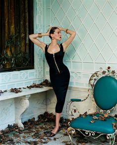 Сара Джессика Паркер (Sarah Jessica Parker) в фотосессии Стивена Майзела (Steven Meisel) для журнала Vogue (август 2003), фотография 3