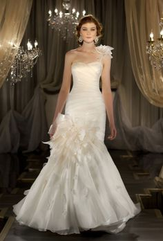 Stylish Fall Theme Wedding Gown by Martina Liana wedding gown collection 413