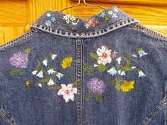 WOMEN'S DENIM DRESS HAND PAINTED FLORAL BOTH SIDES GAP SIZE 4 A MUST SEE! $25 http://r.ebay.com/hIVIxS