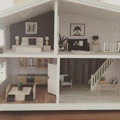 """55 curtidas, 9 comentários - OneBrownBear (@onebrownbear) no Instagram: """"Getting there.... #dollhouseminiatures #dollhouse #lundbyrenovering #lundbydollshouse…"""""""
