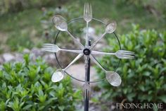 stamped vintage silverware whirligig, flowers, gardening, repurposing upcycling, Since it is all metal and hard plastic it weathers well outdoors Outdoor Crafts, Outdoor Projects, Outdoor Rooms, Outdoor Decor, Outdoor Art, Art Projects, Herb Garden In Kitchen, Backyard Kitchen, Kitchen Herbs