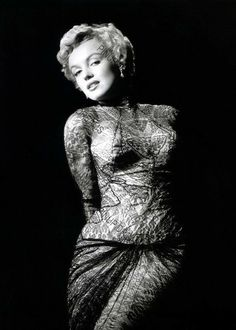 Marilyn Monroe Life, Marilyn Monroe Photos, Old Hollywood, Hollywood Stars, Hollywood Actresses, Norma Jean, Most Beautiful Women, Vintage Photos, Beautiful Pictures