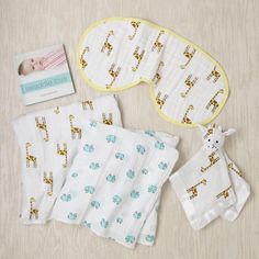aden + anais new beginnings gift set for baby on @Kidcrave