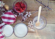 Yogures caseros cremosos y riquísimos, sin yogurtera. Perfectos para hacerlos con niños www.pepitaliving.com