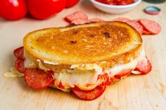 Pepperoni Pizza Grilled Cheese Recipe : A pepperoni pizza in grilled cheese form! Buttery and toasty golden brown bread stuffed full of ooey gooey melted mozzarella cheese, pepperoni and pizza sauce. Paninis, Soup And Sandwich, Sandwich Recipes, Pizza Sandwich, Cheese Crust Pizza, Sweet Butter, Grilled Cheese Recipes, Good Food, Yummy Food