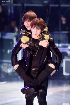 """Highest rank in fanfiction, in KookV, in BottomTae """"Come to my office."""" In which Taehyung works under the cold hearted CEO named Jungkook. Start: March 2018 End: July 2018 Top! Bts Taehyung, Bts Bangtan Boy, Taekook, Foto Bts, K Pop, Sunshine Line, V Bts Cute, Vkook Memes, Vkook Fanart"""