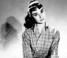 I want this hairstyle some day! | Audrey Hepburn