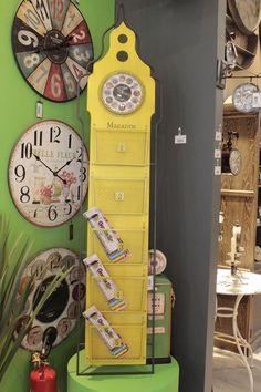 Um relógio pode mudar toda a sua decoração. Confira na Adoro Presentes, diversos tipos de relógios para combina com a sua decoração.