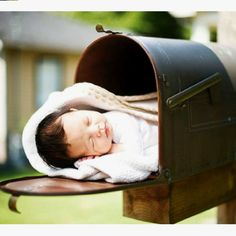 @Heidi Costigliolo.  You should do this for announcements with a Santa sack instead of the mailbox!   Too cute!
