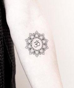 Mandala tattoo design ideas that are anything but basic. These mandala designs aren't just beautiful -- a mandala tattoo's meaning is also significant. Aum Tattoo, Dotwork Tattoo Mandala, Om Symbol Tattoo, Hand Tattoos, Yoga Tattoos, Body Art Tattoos, Small Sister Tattoos, Small Tattoos For Guys, Tatuagem Aum