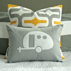 hnliche artikel wie vintage airstream wohnmobil silhouette kissenbezug wei und grau 12 x. Black Bedroom Furniture Sets. Home Design Ideas