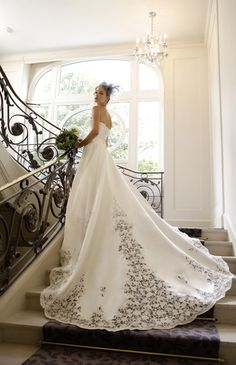 フォーシス アンド カンパニー No.03-0036 | ウエディングドレス選びならBeauty Bride(ビューティーブライド)