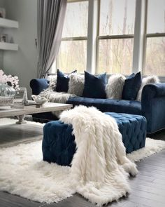 Living room home furniture tips ideas for developing a theme 31 – Interior 2020 Blue Living Room Decor, Glam Living Room, Living Room Grey, Living Room Sofa, Living Room Interior, Home And Living, Living Room Designs, Blue Living Room Furniture, Modern Living