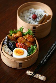 曲げわっぱ弁当 : Magewappa (a wooden box) lunch ... Slowly every day...