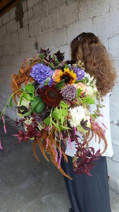Big,textured bouquets