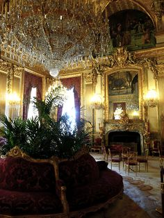 magnificent chandelier  ~  wonder where this room is