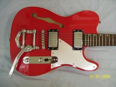 Electric Guitar,  Semi hollow body, New