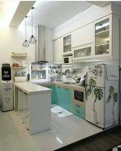 35 Captivating Diy Small Apartment Decorating Ideas To Try As Soon As Possible Kitchen Sets, Kitchen Layout, Home Decor Kitchen, Kitchen Furniture, Home Kitchens, Kitchen Design, Kitchen Oven, Kitchen Island, Furniture Nyc
