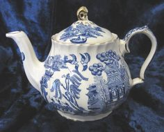 Vintage Teapot Willow Pattern Blue and White by TheWhistlingMan, £20.00