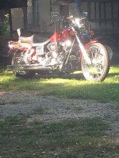 Our sweetie's 1997 Harley Davidson Dyna Wide Glide #harleydavidsondynapictures #harleydavidsondynalowrider #harleydavidsondynamodels #harleydavidsondynastreetbob #harleydavidsondynabagger #harleydavidsondynasuperglide Dyna Wide Glide, Street Bob, Harley Davidson Dyna, Motorcycle Gear, Photos, Pictures