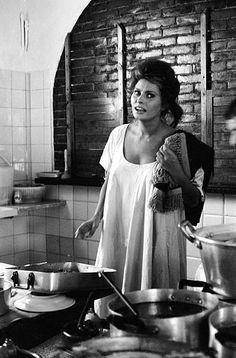 Sophia Loren Cooking in Italy July 1961