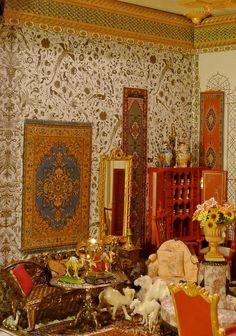 The oldest Turkish Antique Store in Paris  12 Rue Istanbul.....in Miniature!
