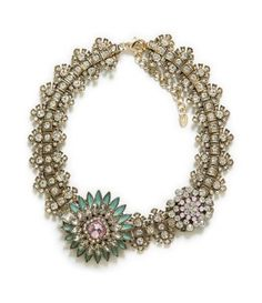 Zara Crystal Flower Necklace Gorgeous statement necklace - a wallet-friendly nod to Art Deco. Women Accessories, Jewelry Accessories, Fashion Accessories, Fashion Jewelry, Jewelry Trends, Diy Fashion, Style Fashion, Jewelry Box, Jewelery