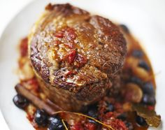 Jamie Oliver's Beef brisket with Red Wine & Shallots