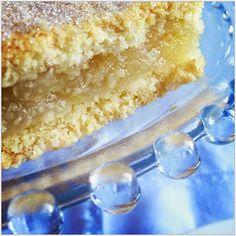 The Game Bird Food Chronicles: Apple Shortcake Squares Apple Shortcake, Bread Cones, Apple Square, Apple Tarts, Apple Sandwich, Most Popular Desserts, Apple Filling, Bird Food, Apple Slices