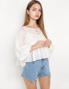Cotton Balloon Sleeve Neck Tie Blouse