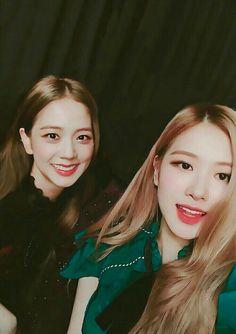 South Korean Girls, Korean Girl Groups, Blackpink Debut, Divas, How To Speak Korean, Jennie Lisa, Blackpink And Bts, Jessica Jung, Blackpink Photos