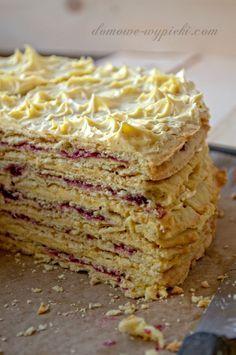 Cake with black currant jam. Polish Desserts, Desserts To Make, Polish Food, Sweet Recipes, Cake Recipes, Dessert Recipes, Cooking Cake, Cooking Recipes, Torte Cake