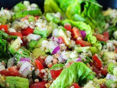 Salat med bygg gryn og spekeskinke. Perfekt sommermat