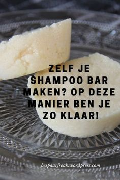 Toffe DIY: je eigen shampoo bar Super easy and so finished, this delicious shampoo bar Homemade Skin Care, Homemade Beauty, Diy Beauty, Beauty Hacks, Beauty Tips, Beauty Care, Beauty Ideas, Beauty Secrets, Diy Shampoo